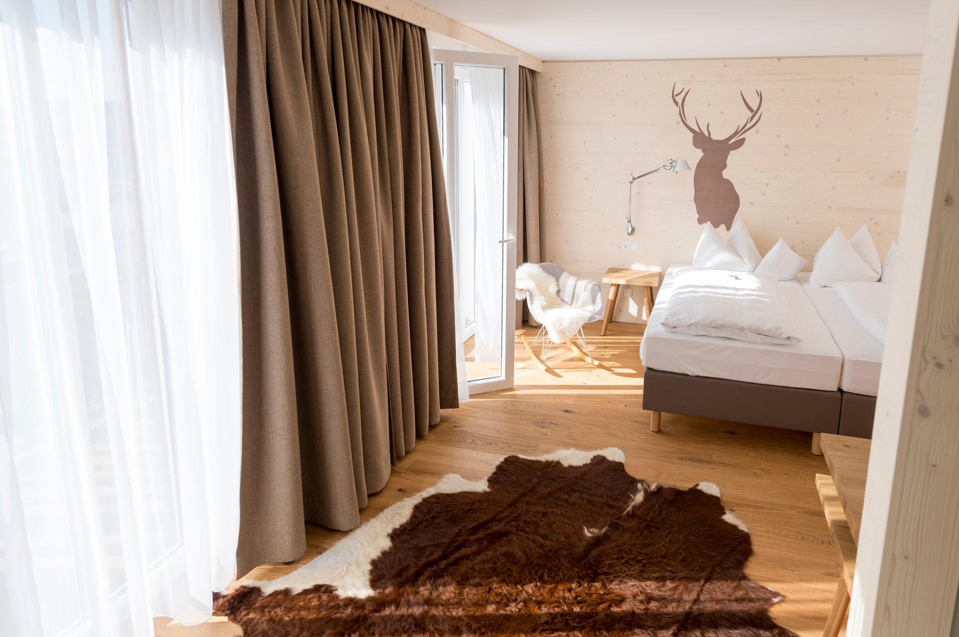 landlust juniorsuite buche landhaus postwirt neusch nau. Black Bedroom Furniture Sets. Home Design Ideas